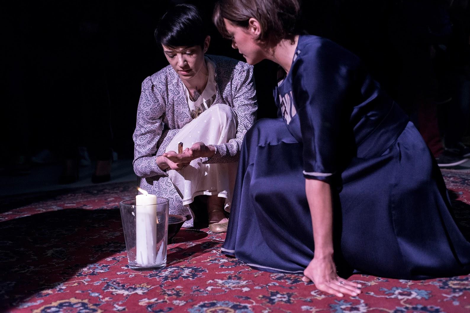 Ludovica Amati Trabalho de Concentracao presentation  fw15 ph.andreabuccella 13 Asia Argento and Emma De Caunes
